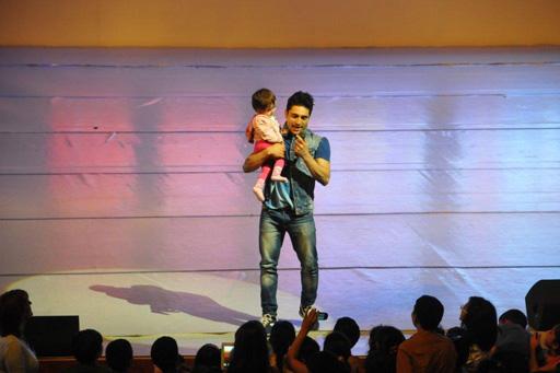 Фарид Мамедов и Эльдар Гасымов выступили на сцене Дворца Гейдара Алиева (фото)