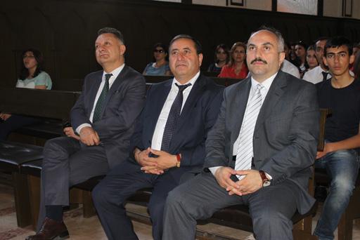 """""""Bir sən, bir İstanbul"""" (FOTO)"""