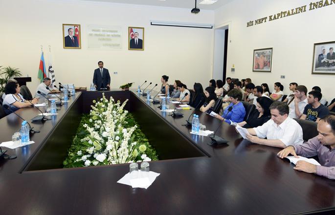 Bakı Ali Neft Məktəbində tələbələrin 1-ci elmi-texniki konfransına yekun vurulub (FOTO)