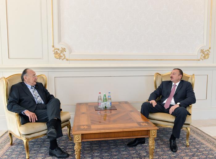 Президент Азербайджана принял экс-министра иностранных дел Германии