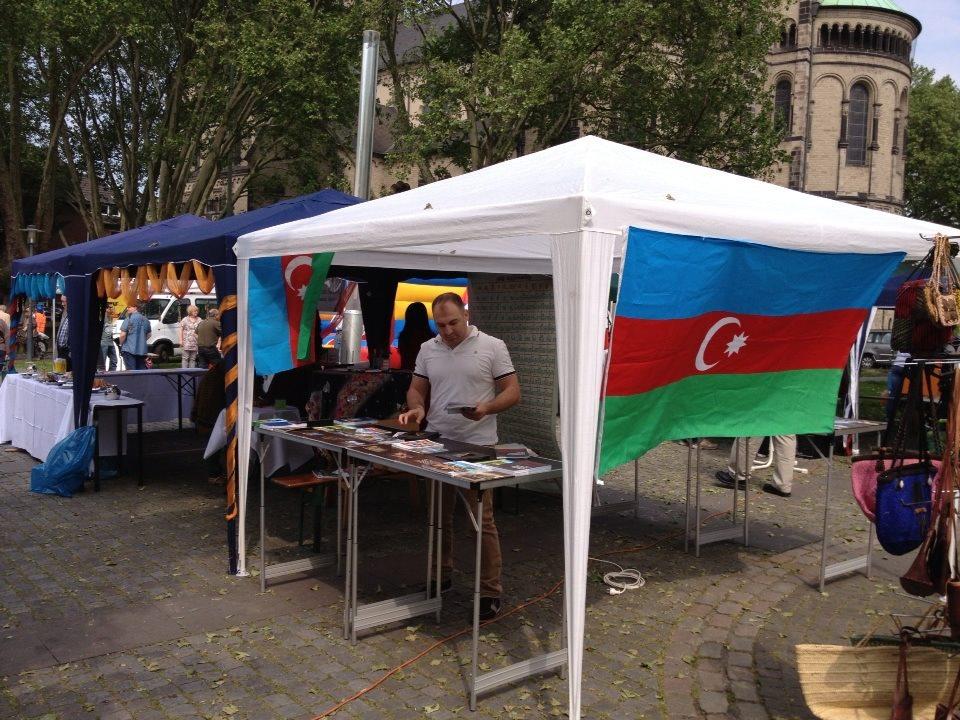 """Dünya Azərbaycanlı Gənclər Birliyi  """"Xalqlar mədəniyyəti"""" adlı festivalda iştirak edib (FOTO)"""