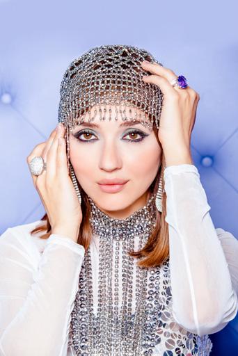 Сабина Бабаева вернулась из Европы и предстала в новом образе (фотосессия)