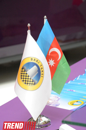 Внедрение карточной системы сократит интервалы движения общественного транспорта в Баку – минтранс (ФОТО)