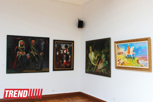 В Баку открылась выставка, посвященная Дню национального спасения (фото)