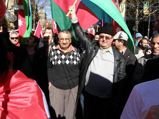 """Avstraliyada qondarma """"erməni soyqırımı""""nın tanınmasına qarşı aksiya keçirilib (FOTO)"""