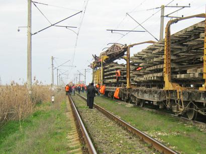 Bu günə kimi 241,5 km dəmiryol əsaslı təmir olunub (FOTO)