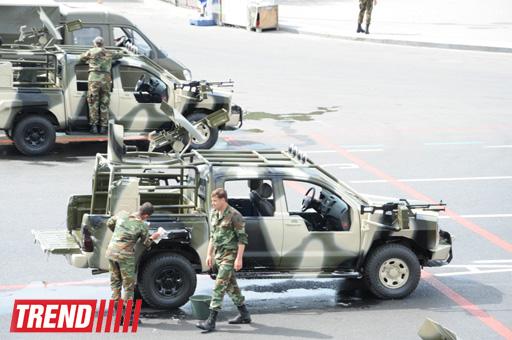 В Баку началась подготовка к военному параду, перекрыты дороги к площади Азадлыг (ФОТО)
