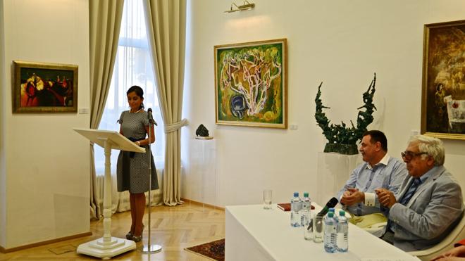В Вене состоялась презентация книги народного писателя Азербайджана Анара на немецком языке (ФОТО)
