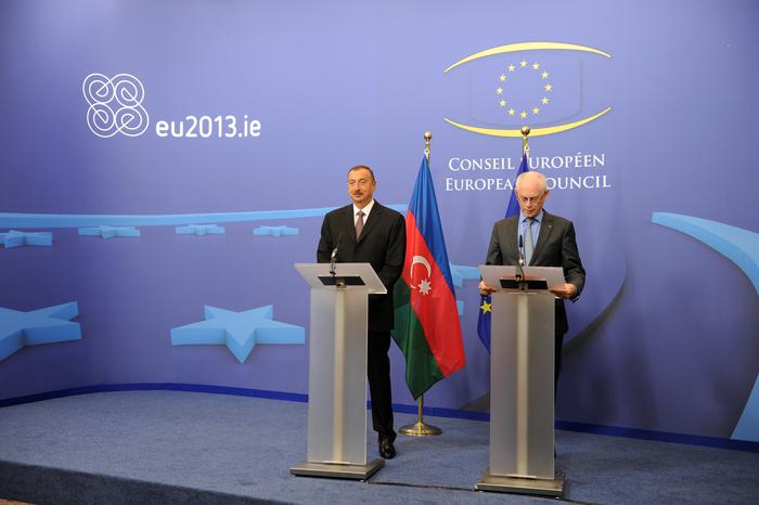 İlham Əliyev: Azərbaycan Avropaya daha yaxın olduqca, ölkənin demokratik inkişaf üçün daha çox imkanı olur (FOTO)
