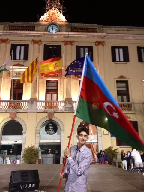 """İspaniyada keçirilmiş """"Opus - 2013"""" mahnı müsabiqəsində Azərbaycanla Ermənistan arasında insident baş verib (FOTO)"""
