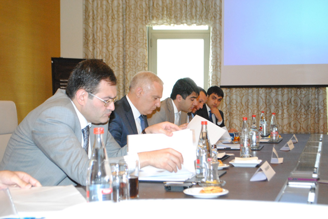 Состоялось очередное заседание Наблюдательного совета Фонда молодежи Азербайджана (ФОТО)