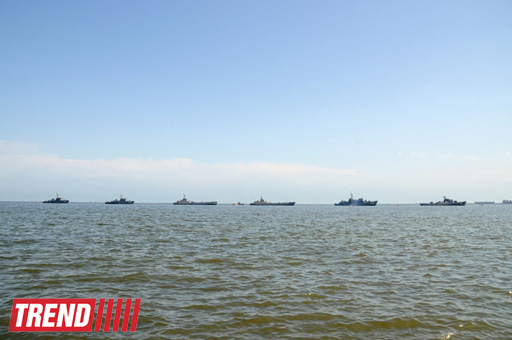 В Баку началась генеральная репетиция военного парада (ФОТО)
