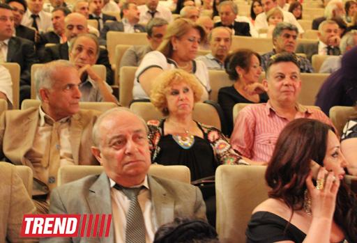 В Баку состоялся праздничный вечер, посвященный 140-летию создания азербайджанского театра (фото)