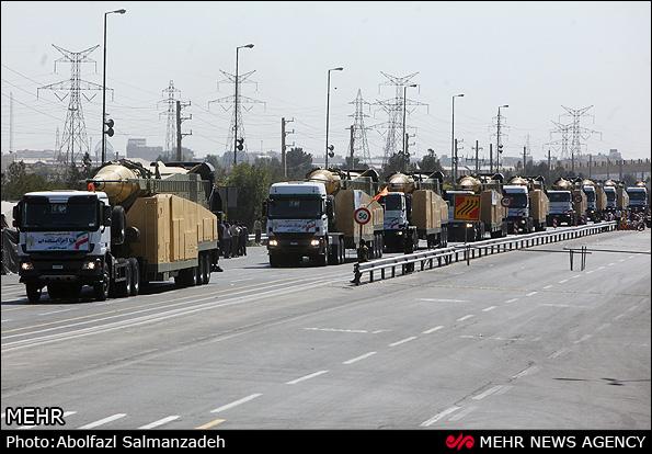 В Иране проходит военный парад (ФОТО)