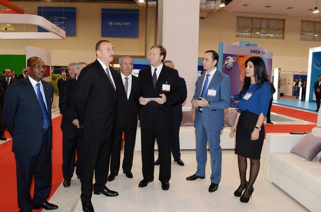 Nar Mobile showcases latest innovations at BakuTel 2013  (PHOTO)