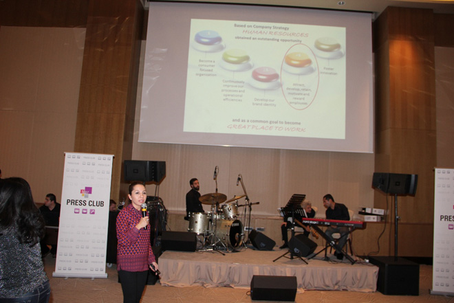 Azerbaijani mobile operator shares information with media outlets about achievements attained in 2013