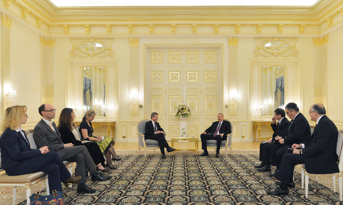 Azerbaijani president receives EU Commissioner for Energy
