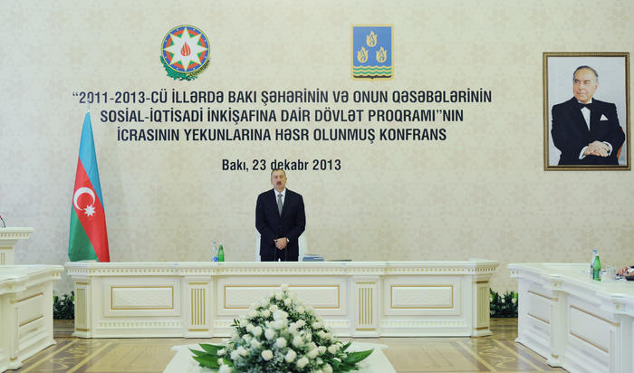 President Ilham Aliyev presides over conference on outcomes of state program on socio-economic development of Baku and surrounding small districts (PHOTO)
