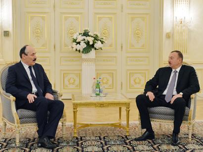 Azerbaijani president receives delegation led by president of Dagestan