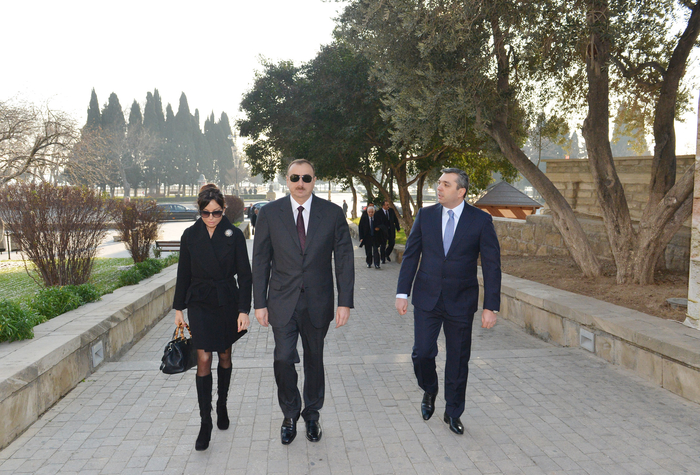 Azerbaijani President Ilham Aliyev and his spouse familiarize with conservation work at Maiden Tower in Baku (PHOTO)