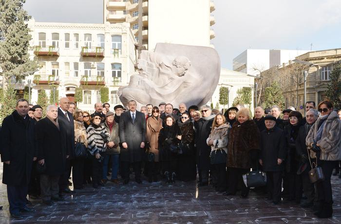 Президент Ильхам Алиев: Азербайджанская народная музыка, искусство мугама являются вершиной мирового музыкального искусства (ФОТО)