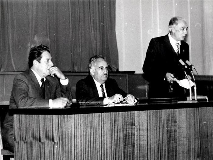 Tofiq Köçərli-85: Onun yeri insanların ürəyindədir (FOTO)