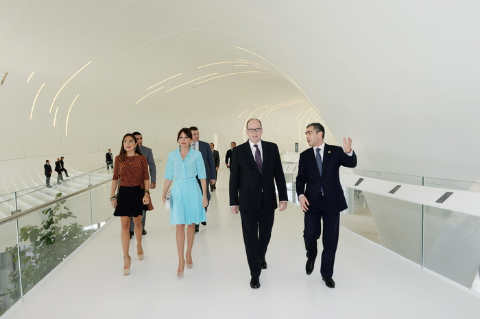 Azərbaycanın birinci xanımı Mehriban Əliyeva Monako Knyazı II Albert ilə görüşüb (FOTO)