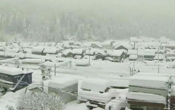 Yaponiyada qar 15 nəfərin həyatına son qoydu