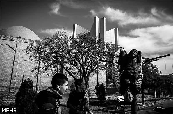 """Təbrizdə Azərbaycan şairlərinin də dəfn olunduğu """"Məqbərətüş-şüəra""""də təmir işləri dayandırılıb (FOTO)"""