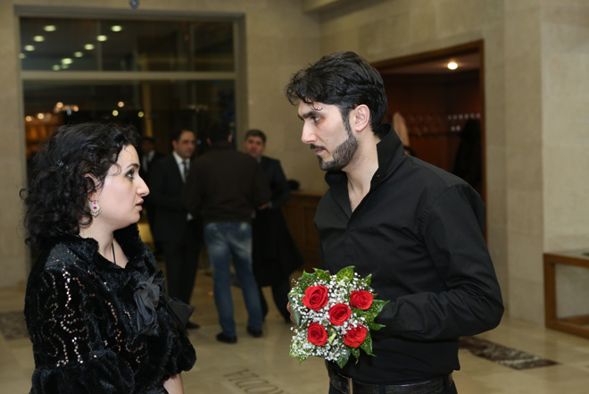 На Творческой сцене ÜNS прозвучали произведения Баха в исполнении Азербайджанского государственного камерного оркестра и известных солистов (РЕПОРТАЖ) (ФОТО)