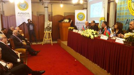 В Стамбуле состоялась презентация турецкого издания произведений азербайджанского драматурга Гусейна Джавида (ФОТО)