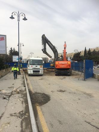 Bakıda yeni yeraltı piyada keçidinin inşasına başlanılıb (FOTO)