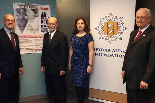 """Vaşinqtonda Heydər Əliyev Fondunun """"Uşaq ürəyini xilas et"""" təşkilatı ilə birgə layihəsinin təqdimatı olub (FOTO)"""