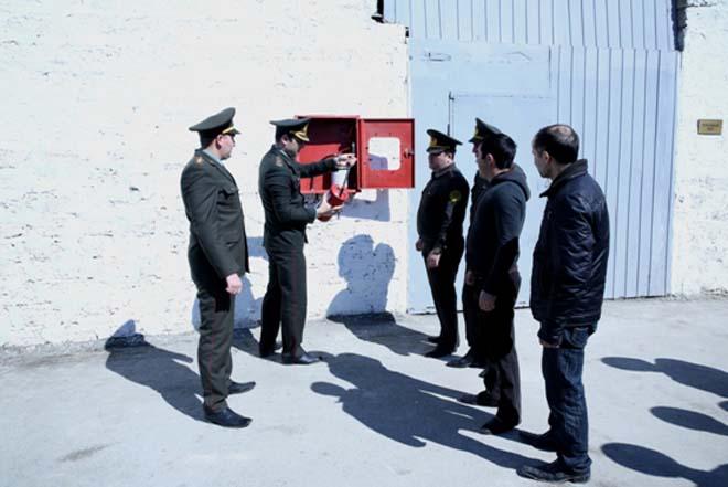 """Bakıdakı cəzaçəkmə müəssisələrində """"yanğınlar"""" baş verib (FOTO)"""