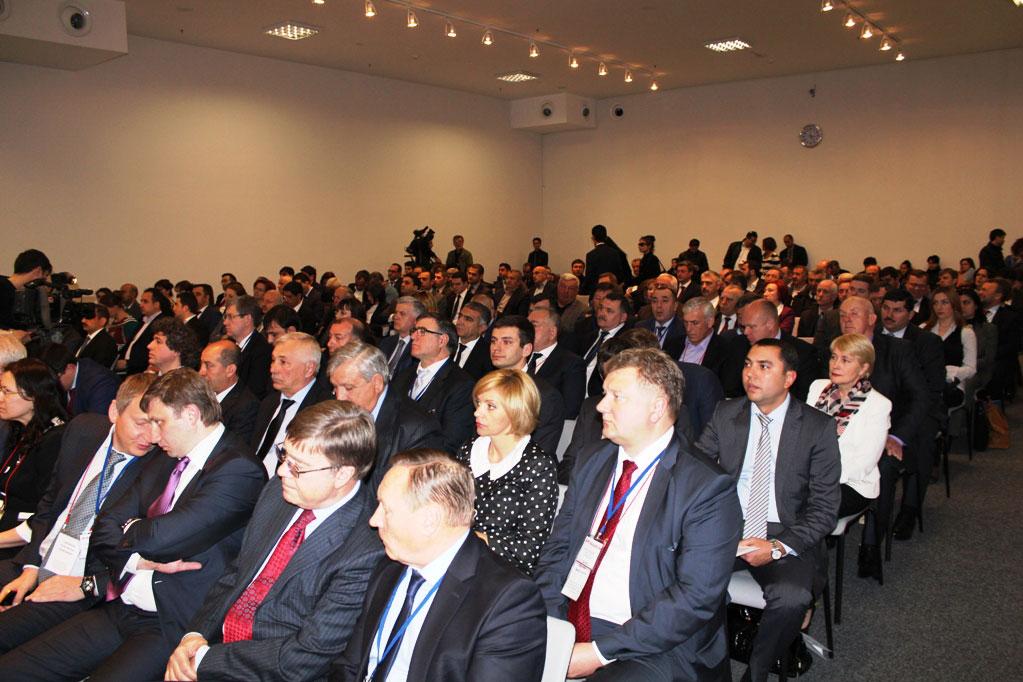 Azərbaycan bundan sonra da RF-nin regionları ilə əməkdaşlığı inkişaf etdirmək niyyətindədir (FOTO)
