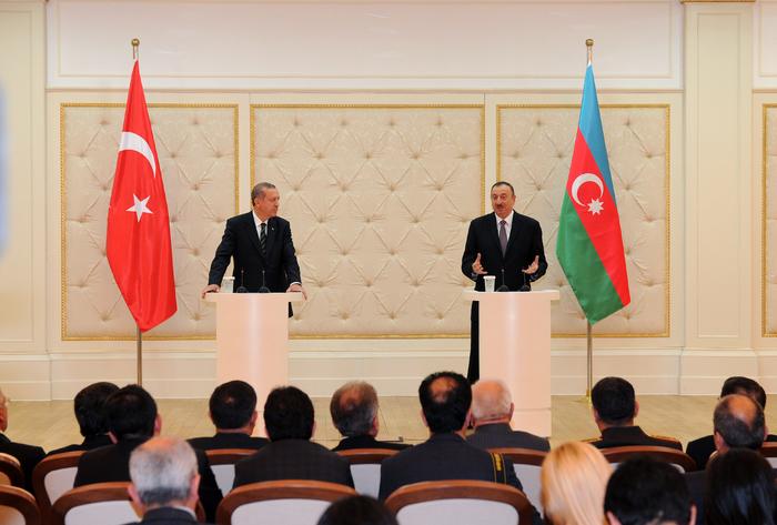 Prezident İlham Əliyev: Türkiyə-Azərbaycan əlaqələri öz dinamik inkişaf dövrünü yaşayır (FOTO)