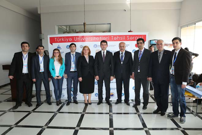 Gəncədə Türkiyə universitetlərinin təhsil sərgisi keçirilib (FOTO)