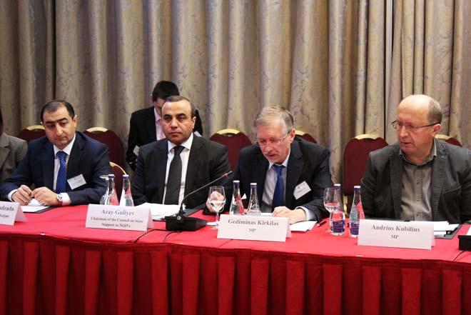Azay Quliyev: Ermənistan sülhə məcbur edilməlidir (FOTO)