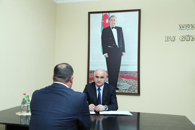 Şahin Mustafayev Siyəzəndə vətəndaşların müraciətini dinləyib (FOTO)
