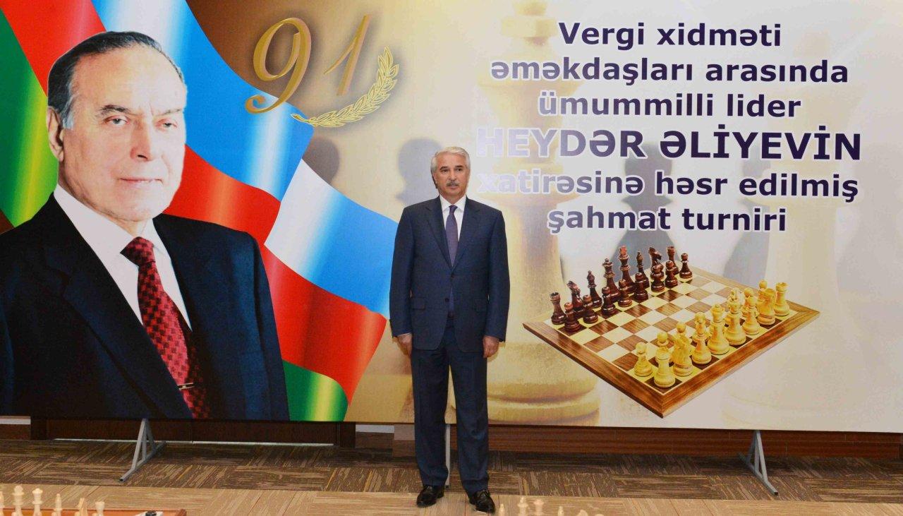 Vergi işçiləri arasında ümummilli lider Heydər Əliyevin xatirəsinə həsr olunmuş şahmat turnirinə start verilib (FOTO)