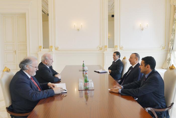 Azərbaycan Prezidenti İlham Əliyev Fransanın keçmiş xarici işlər nazirini qəbul edib