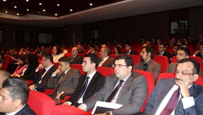 Azərbaycan banklarında kredit risklərinin idarə edilməsi çərçivəsini müəyyən edən qaydaların təqdimatı keçirilib (FOTO)