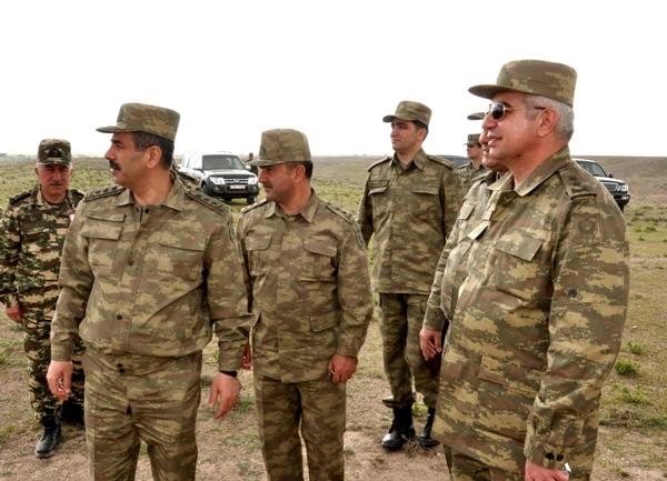 Müdafiə Nazirliyinin Naxçıvanda keçirdiyi genişmiqyaslı hərbi təlimlər sona çatıb (FOTO)