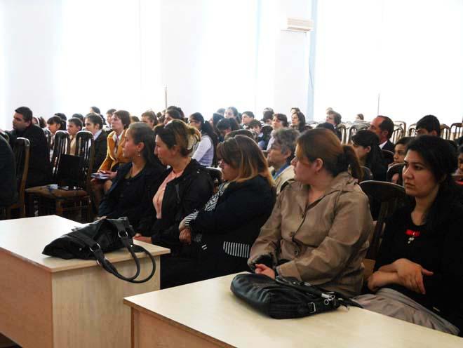 В Ширване прошла Республиканская олимпиада по русскому языку и литературе (ФОТО)