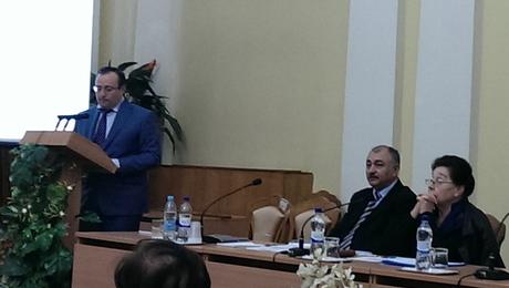Kiyevdə görkəmli oftalmoloq alim, akademik Zərifə Əliyevaya həsr edilmiş kitabın təqdimatı olmuşdur