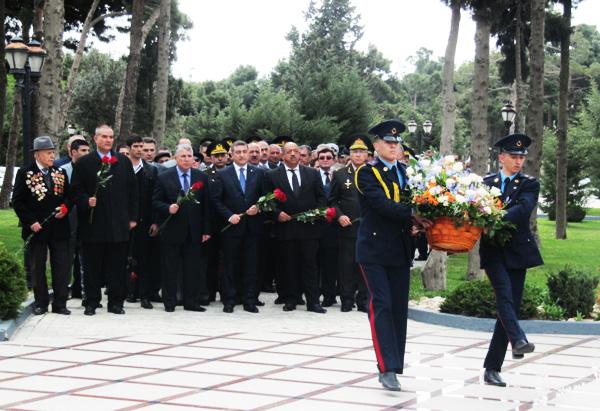 Azərbaycanın Milli Qəhrəmanı Albert Aqarunovun xatirəsi anılıb (FOTO)