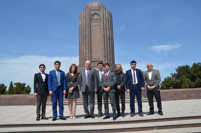 Çingiz Abdullayev gəncəlilərin qonağı olub (FOTO)