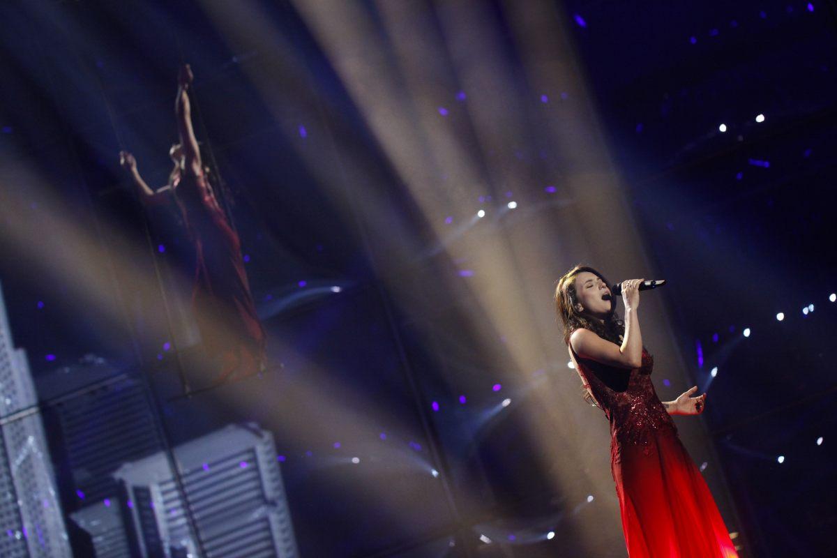 Azerbaijan passes to Eurovision-2014 final (PHOTO)