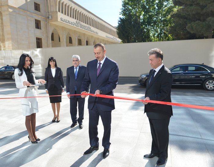 Azerbaijani president opens new building of ANAS' Central Library (PHOTO)