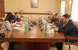 Azerbaijan, Italy mull cooperation prospects in defense sector